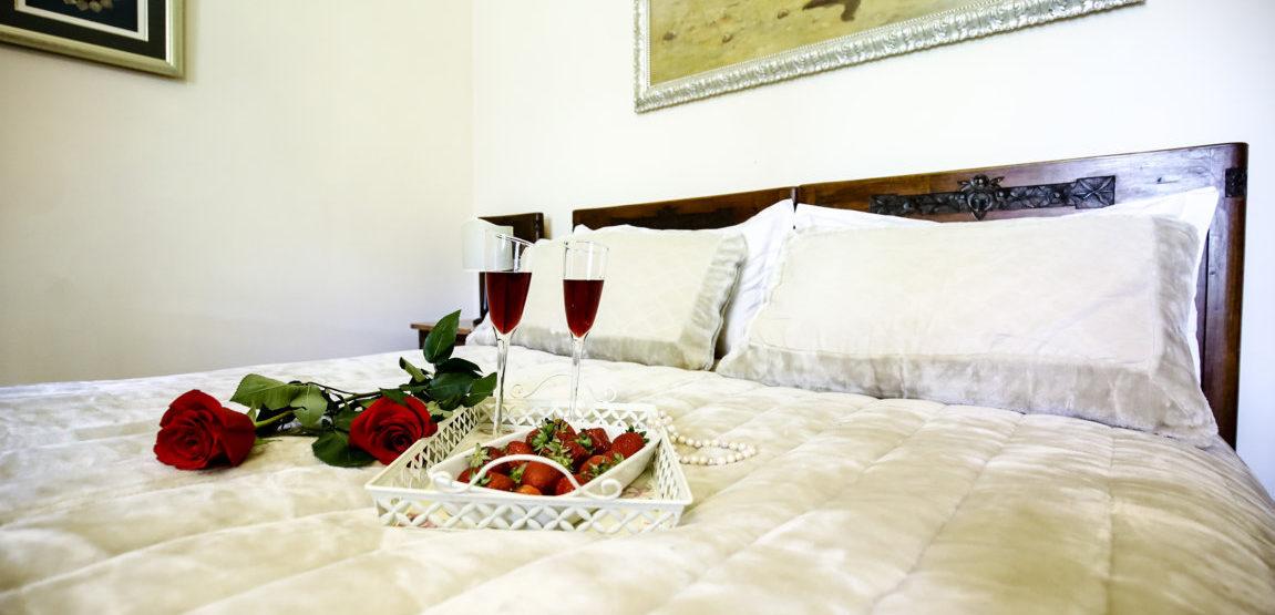 Romantic, antique, flowers, red, strawberries